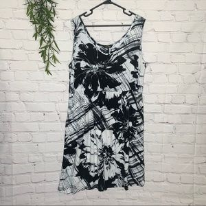 Jams World Caprice Black & White rayon dress XL
